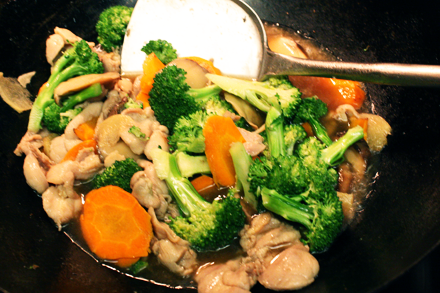 Stir-Frying Noodles Topping
