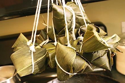 zongzi-hanging