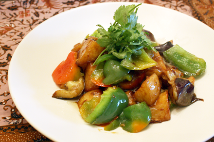 Stir-Fried Potato with Eggplant and Bell Pepper